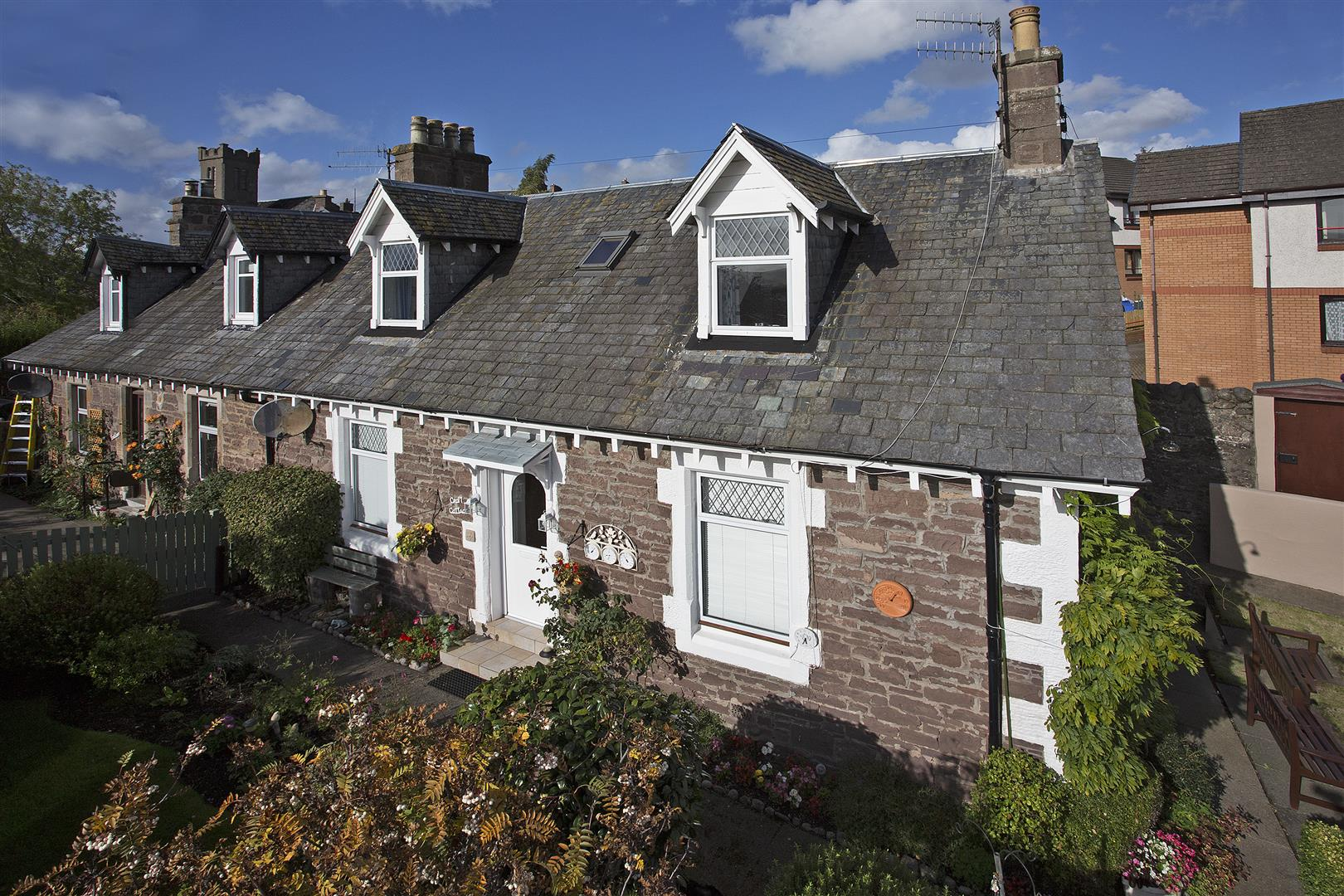 Croft Cottage, Ramsay Street, Crieff, Perthshire, PH7 3JF, UK